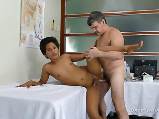 anal,interracial,twinks,anal sex,toys,asian sex,interracial sex, daddies,gay Daddy Bareback...