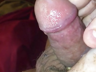 Amateur (Gay);Masturbation (Gay);Small Cocks (Gay);HD Gays Valentine's...
