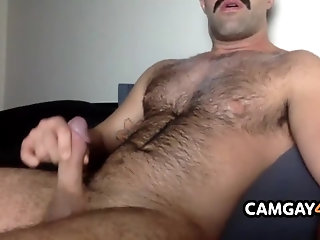 Amateur,Masturbation,Solo,webcam,Bears,Homemade,cam boy,hairy chest,hair,camboy,cams,live cam,gay Horny Bear is...