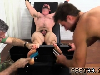 BDSM (Gay),Fetish (Gay),Gays (Gay),Muscle (Gay) Young boy feet...