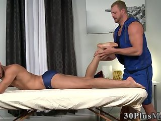 Cumshot,Masturbation,Blowjob,Massage,gay Massaged hunk...