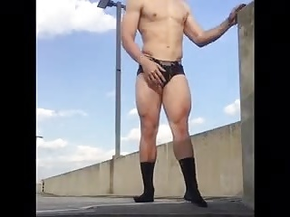 Amateur (Gay);Hunks (Gay);Outdoor (Gay);Outside horny outside 2