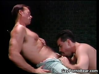 anal,hunks,gays,doggy style,anal sex,oral sex,brunette,gay Two gay dudes...