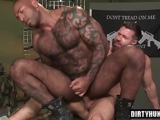 Anal,Latinos,gay,sucking,dick,hardcore,deepthroat,muscle Muscle bear...