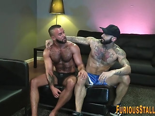 Anal,Big Cock,Body Builders,Ebony,muscle,hairy,gay Black hunk sucks...