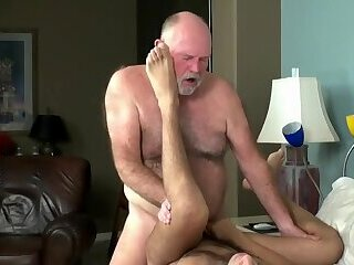 Anal,Bears,Latinos,Mature,Tattoo,daddy, old vs young,gay video scene 153