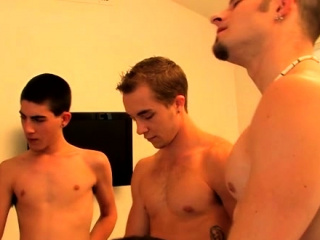 Blowjob (Gay),Gays (Gay),Group Sex (Gay),Twinks (Gay) Gay boys have a...