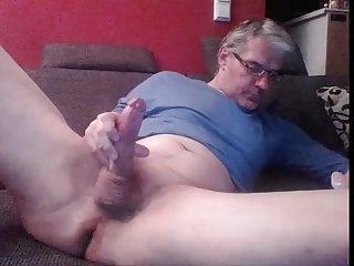 Men (Gay);Big Cocks (Gay);Masturbation (Gay);HD Gays German dad stroking