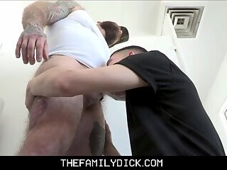 Anal,Big Cock,Bears,Twinks,Blowjob,Bareback,daddy,public,stepdad,stepson,dad and son,step son,gay,Dylan Hayes Twink Stepson...
