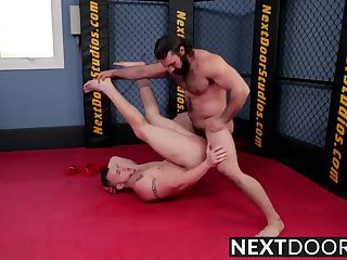 anal,body builders,rimming,anal sex,rimjob,bodybuilder,brunette,muscled,gay Chris takes...