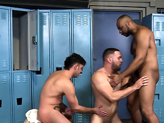 Bears (Gay),Gays (Gay),Group Sex (Gay),HD Gays (Gay),Hunks (Gay) Muscled...