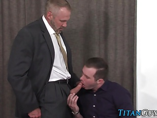 Big Cocks (Gay);Blowjobs (Gay);Muscle (Gay);HD Gays Sucked silver...