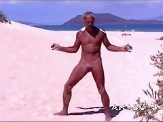 Amateur,outdoor,beach,striptease,man,gay guy,gay on beach,tiny gay,gay in thong,gay Tanned guy on...