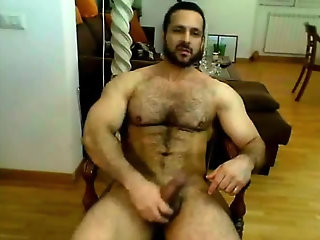 Amateur,Masturbation,Solo,hairy,muscled,gay Iranian muscle...