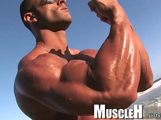 Solo,Body Builders,Outdoors,muscle,gay Big dick...