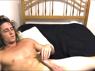 Amateur,Masturbation,Solo,blonde,surfer,gay Hot surfer bates