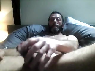 Amateur,Masturbation,Solo,Bears,Mature,hairy,muscled,gay HOT BEAR IN ACTION