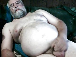 Men (Gay);Amateur (Gay);Bears (Gay);Daddies (Gay);Masturbation (Gay) Bear Daddy's...