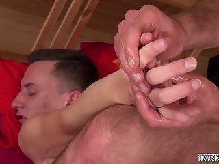 Domination,Fetish,Twinks,Massage,twink,gay Big dick twinks...