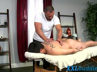 Anal,Cumshot,Big Cock,Bears,Massage,gay,fuck,studs Sucking masseur...