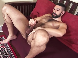 Masturbation,Solo,Bears,hairy,arabian,gay Hairy Arab Hamed...