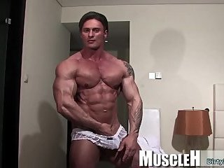 Masturbation,Solo,Body Builders,twink,muscle,hung,gay Muscle...