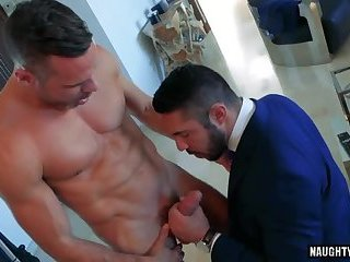 Muscle gay anal...