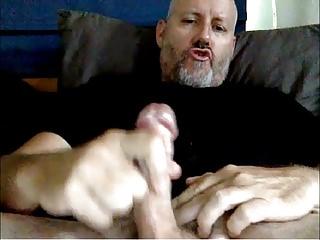 Amateur (Gay);Daddy (Gay);Handjob (Gay);Masturbation (Gay);Webcam (Gay) Hot Str8 Daddy...