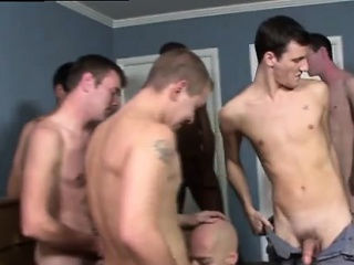 Blowjob (Gay),Gays (Gay),Hunks (Gay),Interracial (Gay),Men (Gay) Gay sex the...