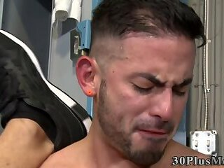 Anal,Cumshot,Body Builders,Blowjob,muscle,locker room,gay Buff hunks in...