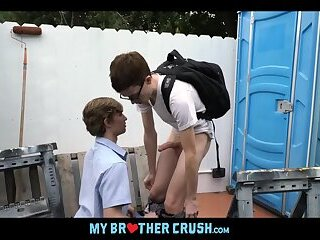 Anal,Big Cock,Outdoors,Pov,Twinks,Blowjob,Bareback,brothers,step brother,family,brother and brother,stepbrothers,gay,Alex Meyer Nerdy Twink...