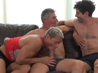 Anal,Big Cock,Bears,Latinos,Rimming,Threesome,Twinks,Blowjob,Bareback,group sex,daddy,gay TWO YOUNG LATINS...