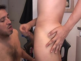 Anal,Cumshot,Amateur,Latinos,Blowjob,toy,older and younger,gay Daddy Please
