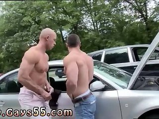 outdoors,blowjob,gays,oral,outdoor,public,blowjobs,gay Hot cock sucking...