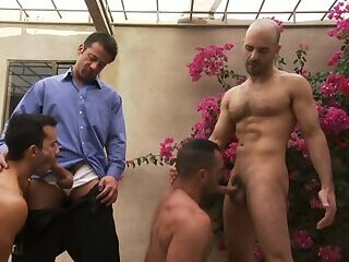 Anal,Gangbang,Outdoors,Pornstars,muscle,gay,Dakota Rivers,Leo Alarcon,Christopher Saint Mojave Run