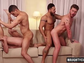Anal,Fetish,Hunks,Blowjob,gay,muscled Hot gay flip flop...
