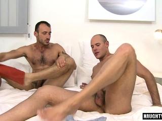 Big Cocks (Gay),Blowjob (Gay),Gays (Gay),Group Sex (Gay) Hairy gay flip...