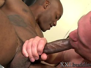 Anal,Cumshot,Big Cock,Ebony,Interracial,Rimming,Blowjob,muscle,gay Hunk sucks nubian...