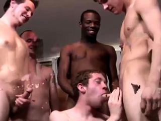 Blowjob (Gay),Gays (Gay),Group Sex (Gay),Handjob (Gay),Men (Gay),Twinks (Gay) Man on tanning...