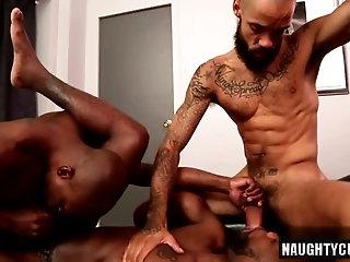 Anal,Ebony,Hunks,Interracial,Threesome,gay,ass,big dick,muscled Big dick gay oral...