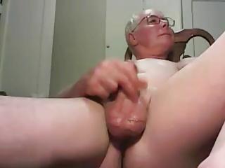Amateur (Gay);Masturbation (Gay);Daddies (Gay);HD Gays grandpa stroke on...