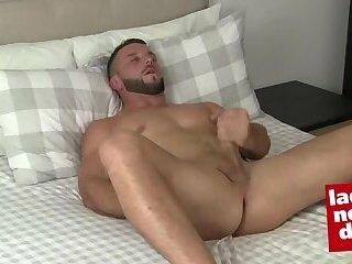 Masturbation,Solo,stud,hung,british,gay Sexy straigh...