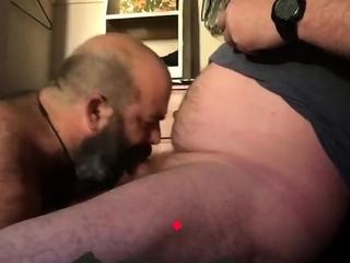 Bears (Gay),Blowjob (Gay),Daddies (Gay),Gays (Gay) Bearded bear...