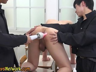 gay Ass toyed asian...