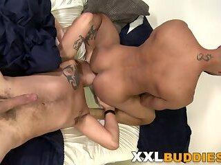 Bears,Bisexual,cock 2 cock,gay,HD Hung gay stud...