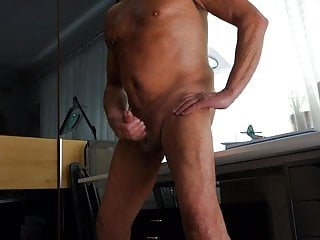Man (Gay);Amateur (Gay);Masturbation (Gay);Sex Toy (Gay);Anal (Gay) Dildo in Ass