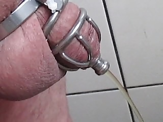 Men (Gay);BDSM (Gay);Small Cocks (Gay);HD Gays Pissen