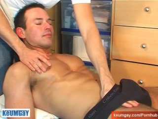 keumgay;big-cock;massage;gay;hunk;jerking-off;huge-cock;dick;straight-guy;serviced;muscle;cock;get-wanked;wank,Muscle;Big Dick;Gay Marco, innocent...