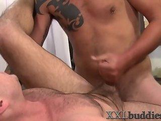 Anal,Cumshot,Big Cock,Handjob,studs,gay Big dicked hunk...