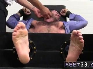 fetish;gay;gay-sex;gay-porn;feet;foot;toe,Euro;Gay;College Gay men feet...
